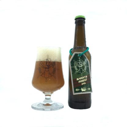 Ahoi Bier Flasche und Glas Bandits Finest IPA